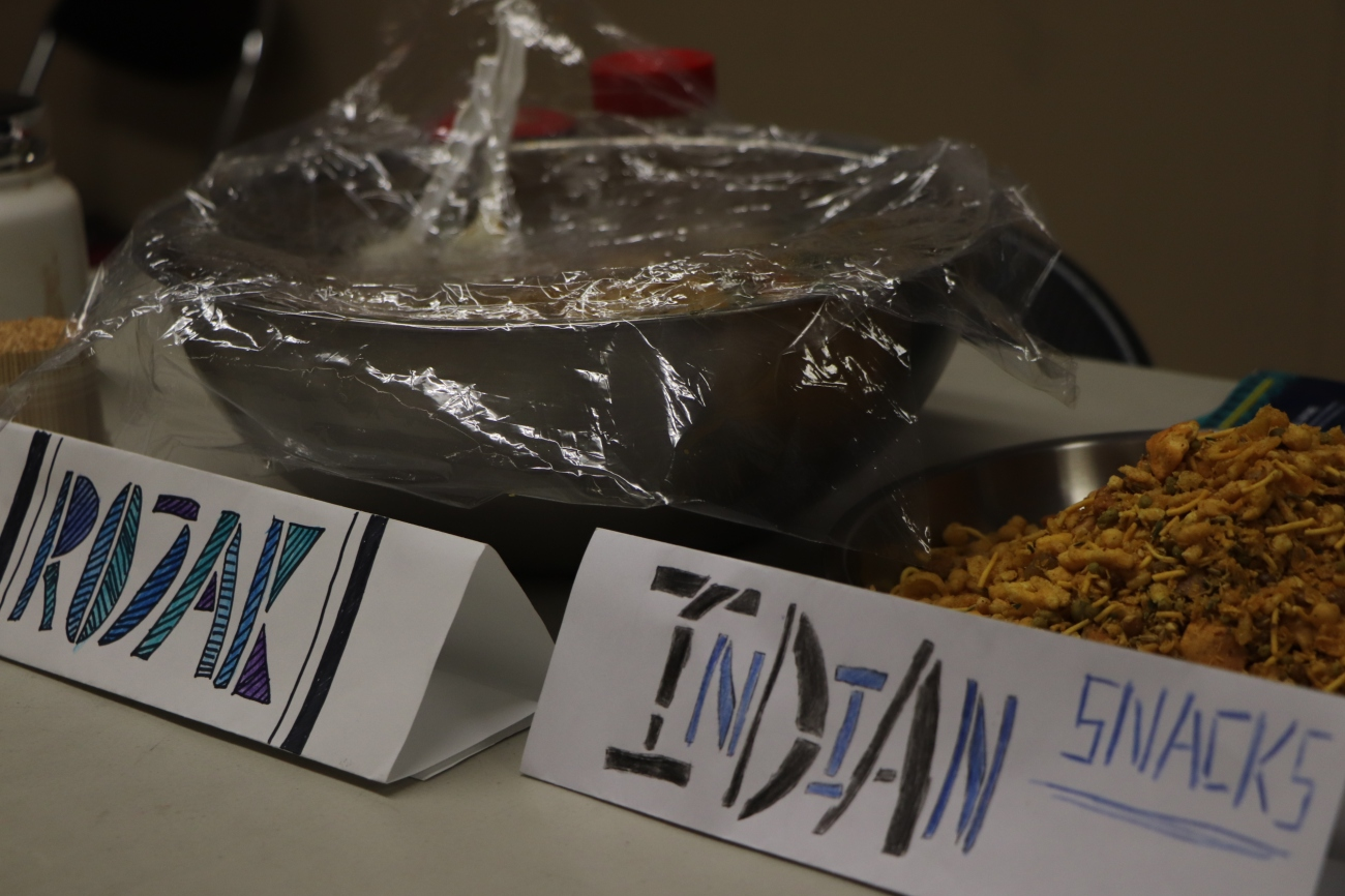 Malay Salad & Indian Snacks